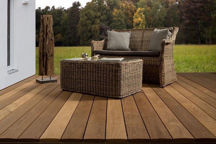 holz im garten terrassendielen thermo esche holzgro handel holzfachmarkt holz rentsch. Black Bedroom Furniture Sets. Home Design Ideas